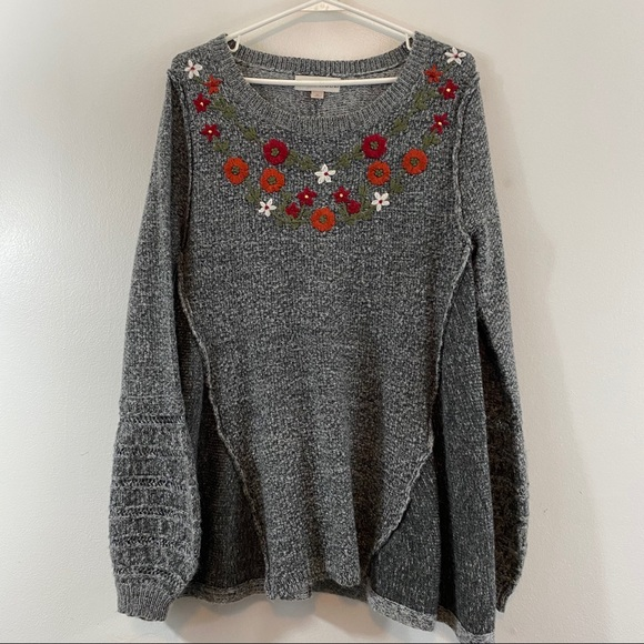 Knox Rose Target Embroidered Sweater Sz M